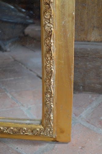 Golden mirror 111x70cm