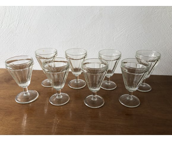 Suite of 8 old walking glasses
