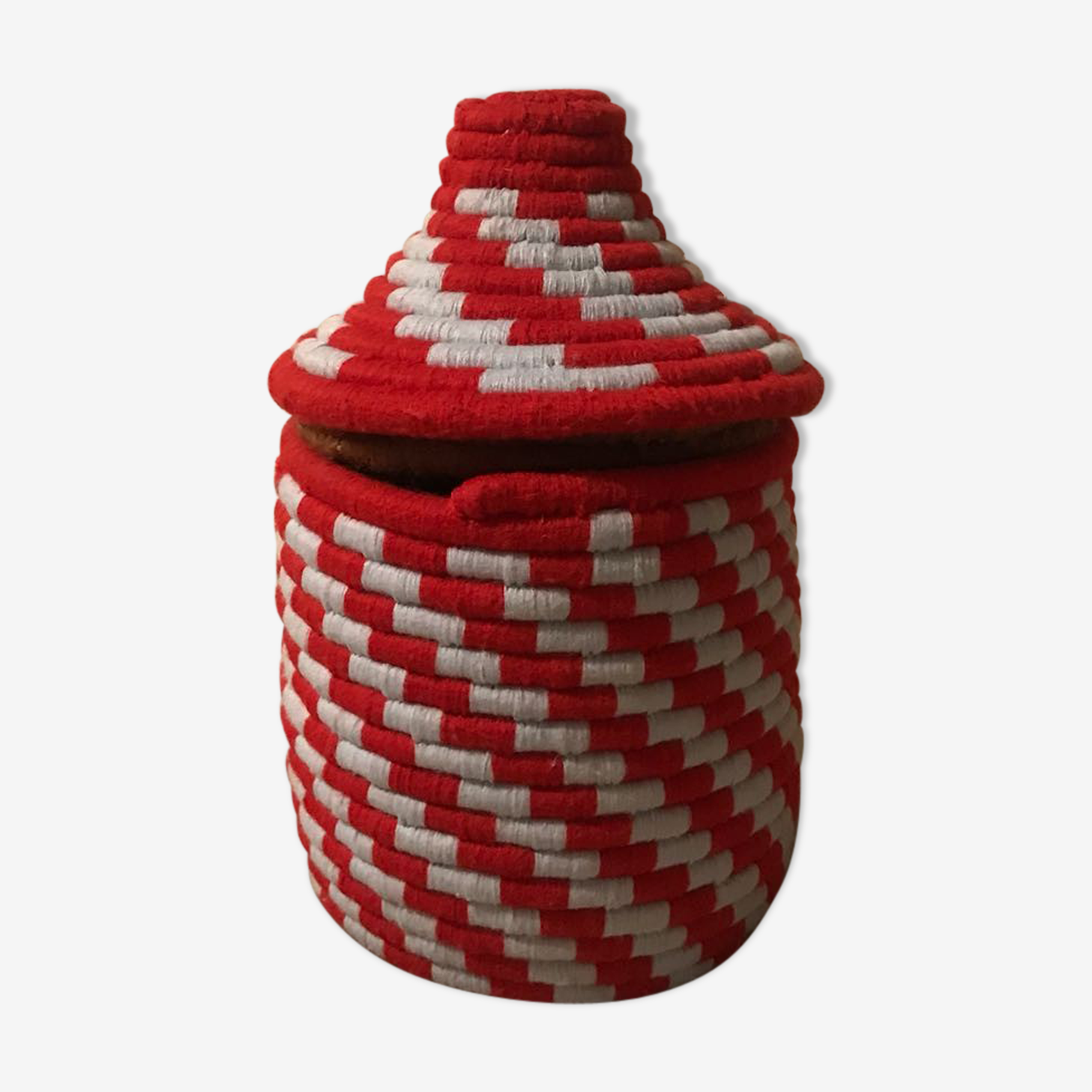 Berber red and white wool and raffia basket
