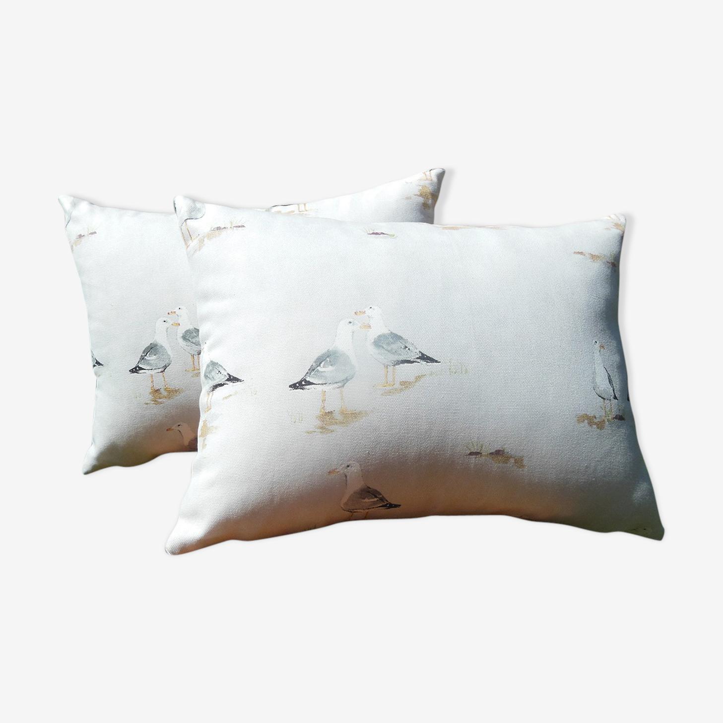 Seagull pattern cushions