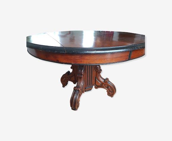 Table ronde noyer Napoléon III