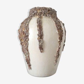 Vase signed Verada