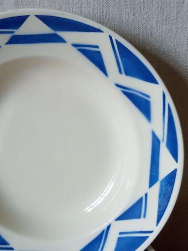Huit assiettes creuses de Badonviller