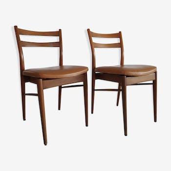 Paire de chaises scandinaves vintage des années 60 en bois et skaï