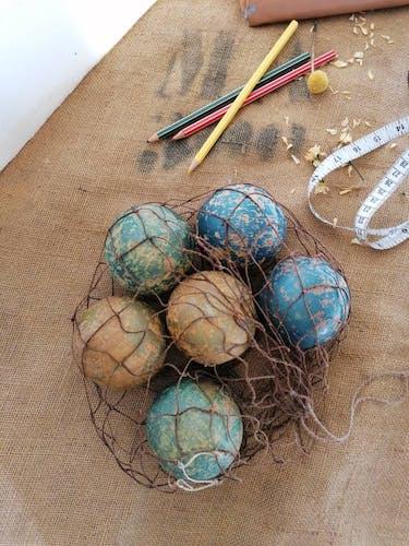 Jeu de boules en bois tourné, pétanque boulingrin primitif, 1900, jeu ancien