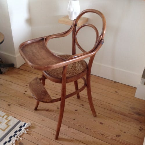 Baby tablet top chair 19th