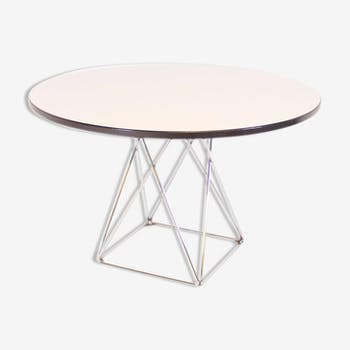 Dining table round Thonet