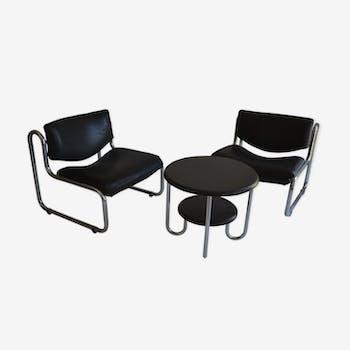 Ensemble fauteuils et guéridon moderniste
