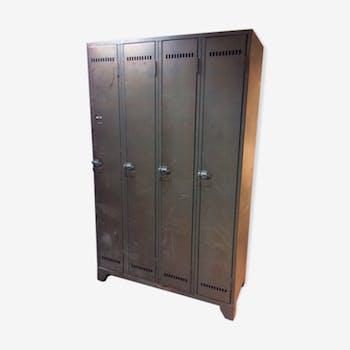 vestiaire m tallique style industriel id al d co loft vintage m tal gris industriel 115523. Black Bedroom Furniture Sets. Home Design Ideas