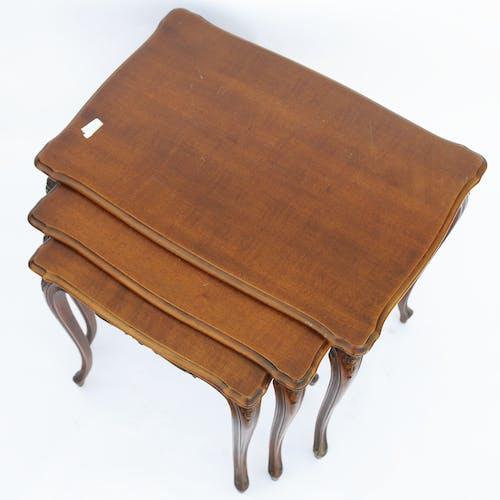 Tables gigognes de style Louis XV