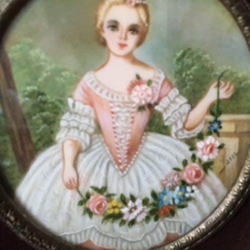 Miniature portrait style Louis XV