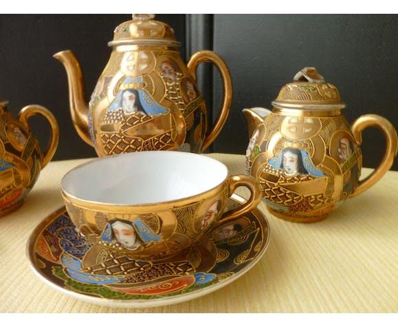 Service à thé égoïste en porcelaine du Japon Satsuma
