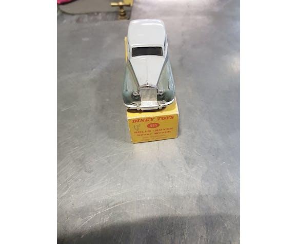 Voiture Dinky Toys modèle Royce rolls avec sa boîte