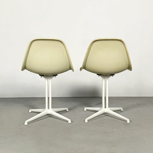 """Set de 2 chaises """"La Fonda"""" par Charles & Ray Eames pour Herman Miller, 1970"""