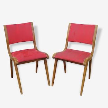 Paire de chaises bois et skai rouge de style scandinave, années 50/60