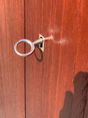Bahut 2 portes minimaliste en bois de teck et métal inox