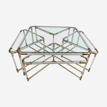 Coffee table and its 4 tables combined in Plexiglas and gold metal