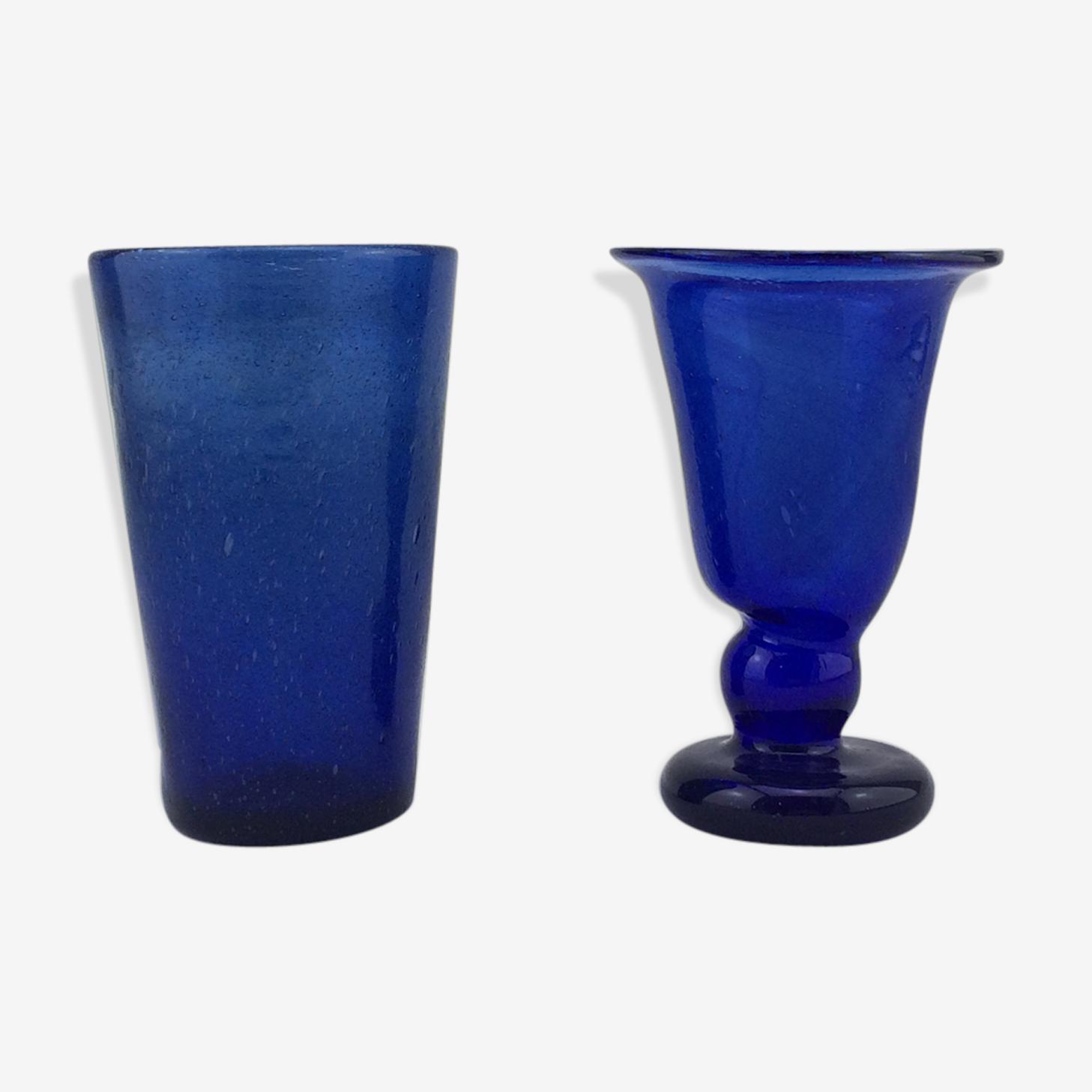 Lot verres bullé de Biot bleu à pied et gobelet