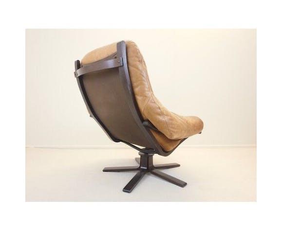 Scandinavian swivel chair
