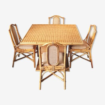 Ensemble table et chaises en rotin
