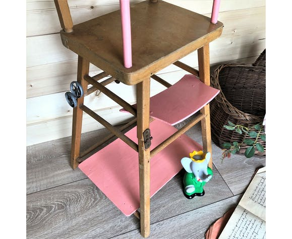 Chaise haute en bois vintage pour poupée