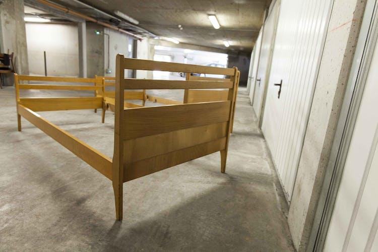 Paire de lits jumeaux scandinaves de 1960 en hêtre massif