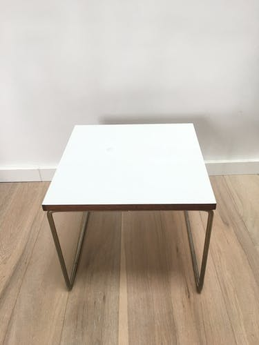 "Table basse ""Volante"" de Pierre Guariche éditée par Steiner"