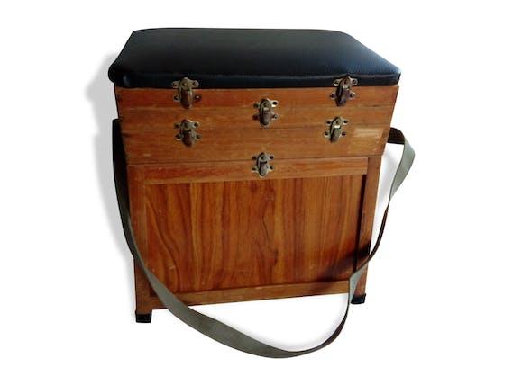 coffre si ge de p che en bois et ska tabouret de p cheur bois mat riau bois couleur. Black Bedroom Furniture Sets. Home Design Ideas