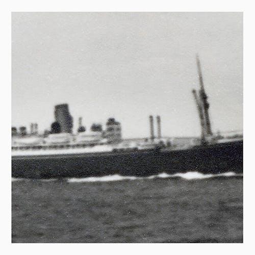 Photographie d'un bateau sorti tout droit des pages d'un album de Tintin