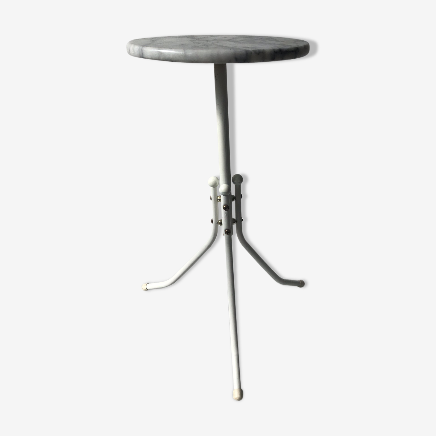 Pedestal table marble