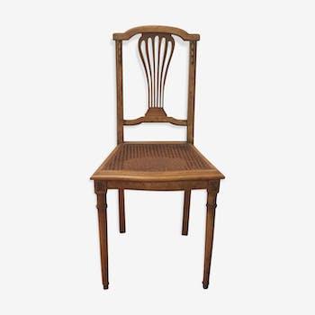 Chaises cannées en bois