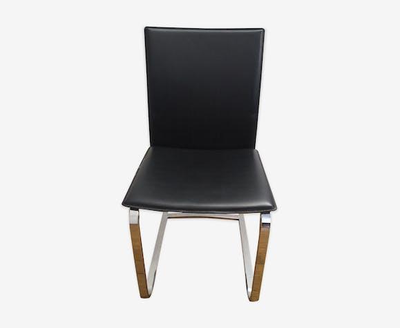 Chaise de salle a manger ou bureau en cuir noir et métal