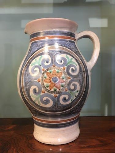 Pichet en céramique Jean de Lespinasse, années 60