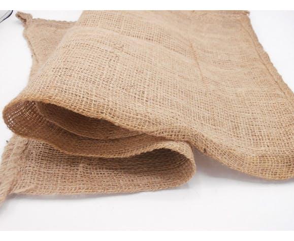 Lot of 2 bags in Burlap