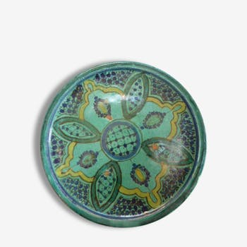 Plate Eastern land, traditional and vintage, yellow, blue and green