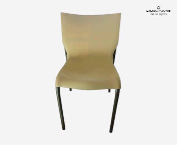 Chaise xo par Philippe Starck