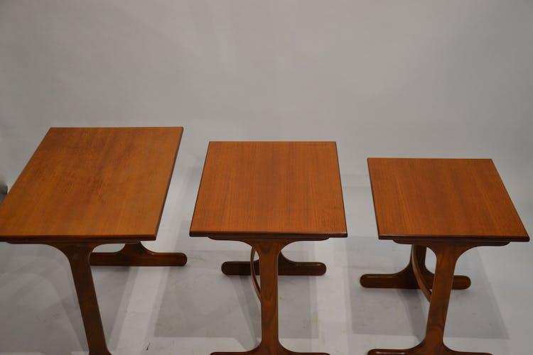 Teak tables 60