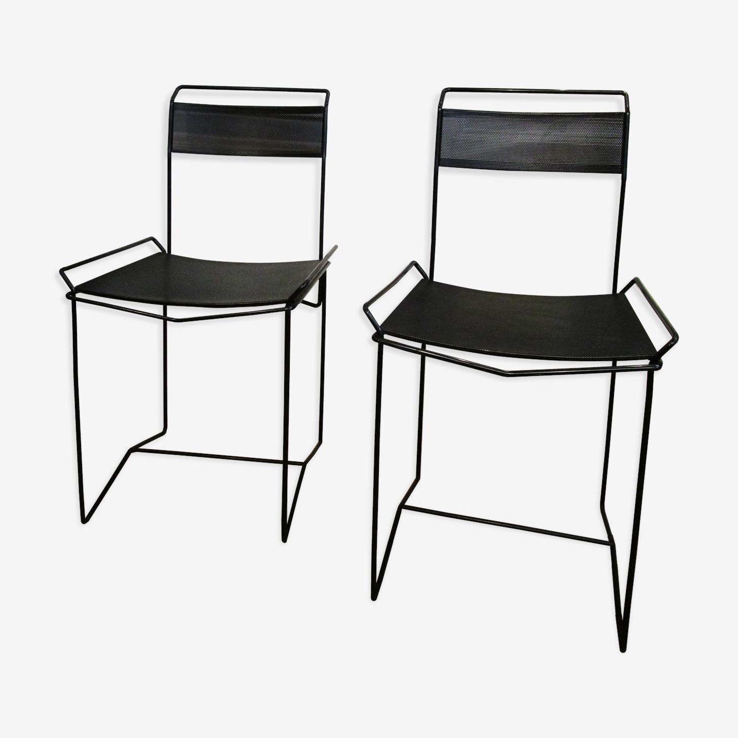 Paire de chaises métal perforé noir design vintage