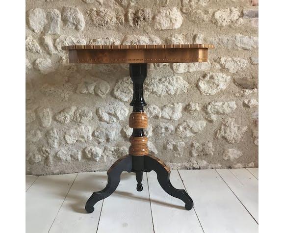Italian pedestal
