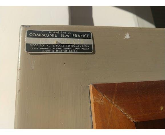 Claustra de séparation de bureau de la maison I.B.M en acajou et acier  du milieu du XX siècle