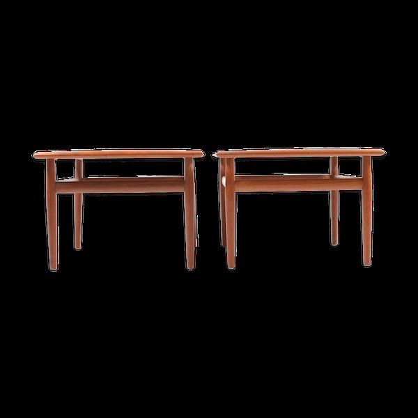 Paire de tables bout de canapé carré en teck de Grete Jalk