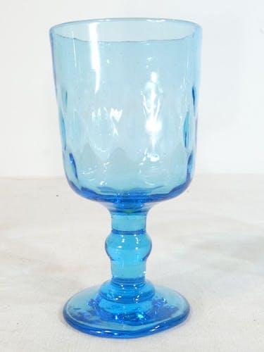 Set de 3 anciens verres a pied soufflés bleu 19eme