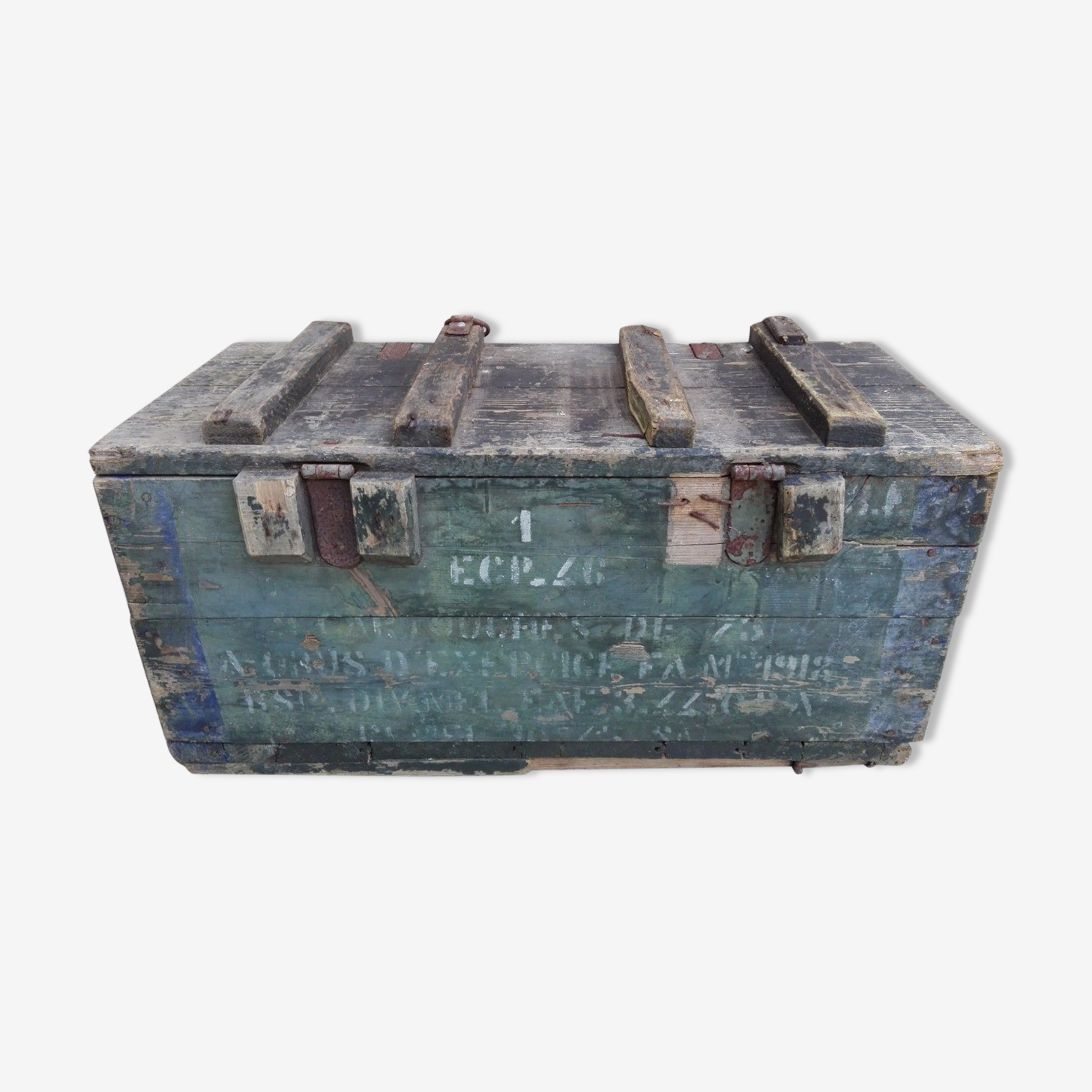 Caisse rectangulaire pour obus ou cartouches