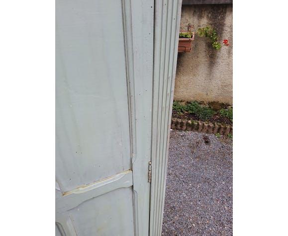 Armoire parisienne