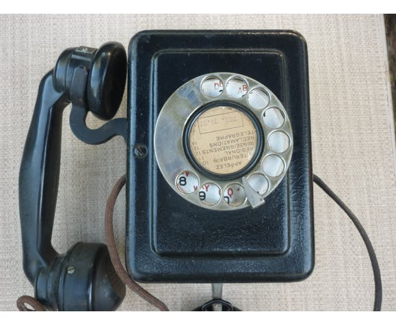 Telephone mural bakelite black Ericsson 1941