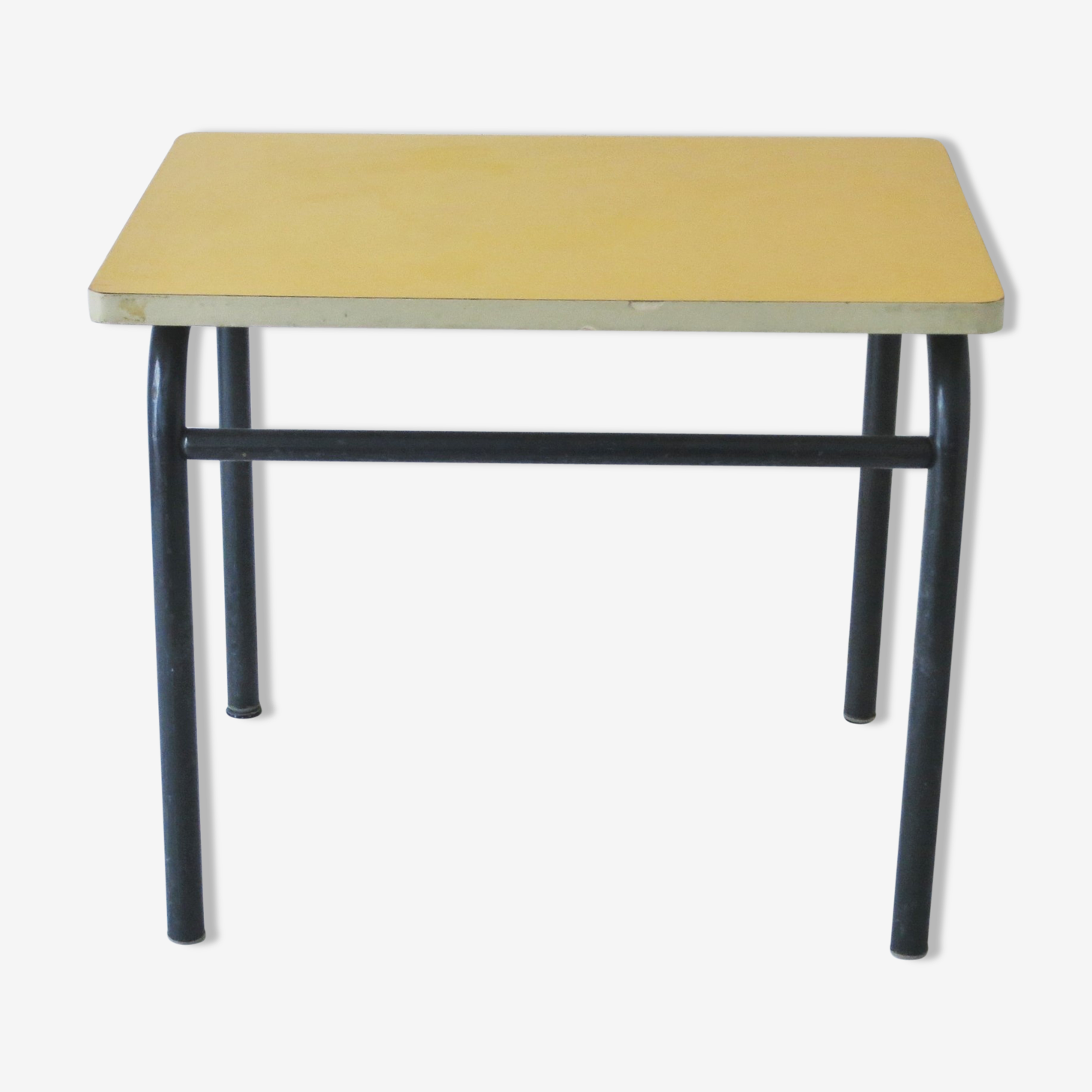 Table d'écolier jaune