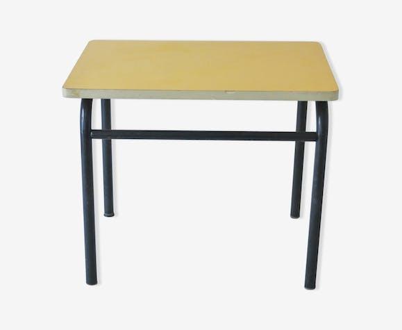 Table d'écolier jaune