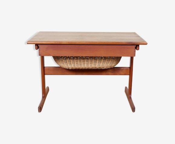 Table à coudre danoise du milieu du XXe siècle en teck