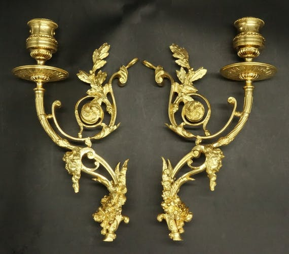 Pair of appliques, Louis XVI style, from the 19th century