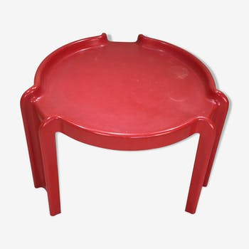 Table d'appoint Giotto Stoppino rouge éditée par Kartell années 70